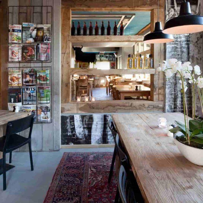 Tekstschrijver Best Wilma Vervoort Interactive Acts Grill restaurant De Buffel in Best