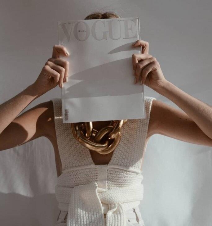 inandoutofafrica-wilmavervoort-tekstschrijver-interactive acts-menopause nomad-menopause magician-power of the pen-vogue